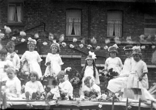 lymm may queen history 008