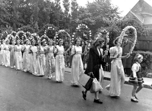 lymm may queen history 022